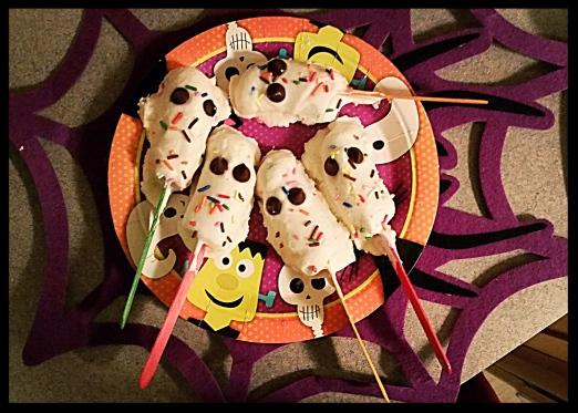 Froyo Banana Ghost Pops