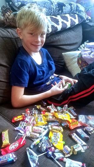 2017-11-05 10.02.19 boy candy